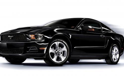 2011 Ford Mustang V6 поражает 305 л. с.