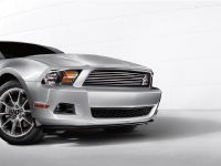 2011 Ford Mustang V-6, 12 of 19