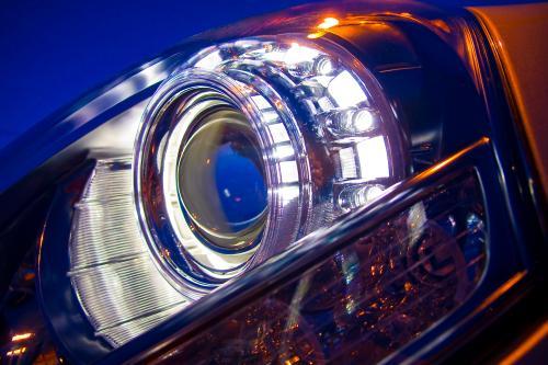 2011 Hyundai Equus US Spec предлагает непревзойденную роскошь