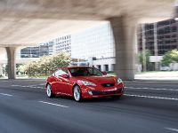 2011 Hyundai Genesis Coupe 3.8 R-Spec, 3 of 14