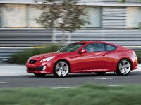 2011 Hyundai Genesis Coupe 3.8 R-Spec, 4 of 14