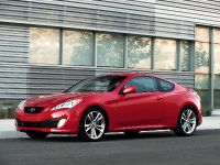 2011 Hyundai Genesis Coupe 3.8 R-Spec, 6 of 14