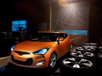 2011 Hyundai Veloster, 1 of 25