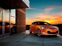 2011 Hyundai Veloster, 2 of 25