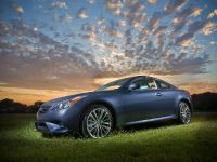 2011 Infiniti G37 Coupe AWD Sport, 1 of 8