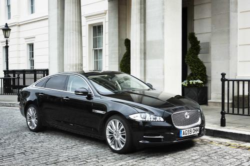 2011 Jaguar XJ Saloon предлагает уникальный стиль и дизайн по разумной цене