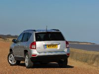 2011 Jeep Compass UK, 2 of 6