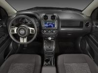 2011 Jeep Compass, 15 of 17