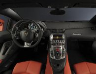 2011 Lamborghini Aventador LP700-4, 9 of 12