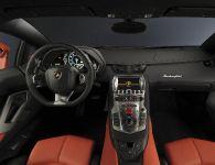 2011 Lamborghini Aventador LP700-4, 9 of 12