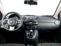 2011 Mazda2, 16 of 30