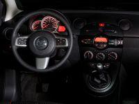 2011 Mazda2, 25 of 30