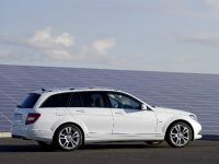 thumbnail image of 2011 Mercedes-Benz C-Class Estate