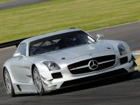 2011 Mercedes-Benz SLS AMG GT3 track testing, 2 of 7