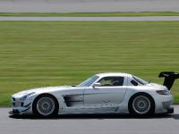 2011 Mercedes-Benz SLS AMG GT3 track testing, 4 of 7