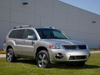 2011 Mitsubishi Endeavor, 2 of 10