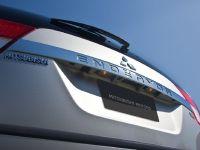 2011 Mitsubishi Endeavor, 7 of 10