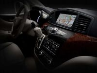 thumbnail image of 2011 Nissan Quest