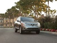 2011 Nissan Rogue US, 2 of 28