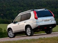 2011 Nissan X-Trail, 2 of 10