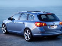 2011 Opel Astra Sports Tourer, 10 of 12