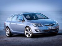 2011 Opel Astra Sports Tourer, 11 of 12