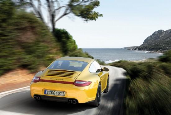 Porsche 911 Carrera 4 GTS Coupe