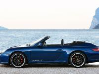 2011 Porsche 911 Carrera GTS, 5 of 7