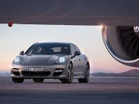 2011 Porsche Panamera Turbo S, 2 of 6