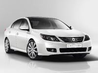 2011 Renault Latitude, 2 of 14