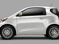 2011 Scion iQ, 15 of 20