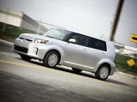 2011 Scion xB, 4 of 36