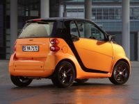 2011 Smart ForTwo NightOrange, 2 of 25