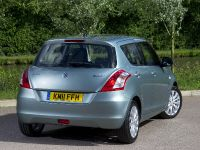 2011 Suzuki Swift DDiS, 2 of 5