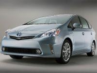 2011 Toyota Prius v, 12 of 73