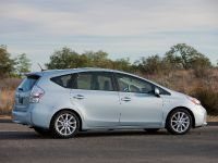 2011 Toyota Prius v, 18 of 73