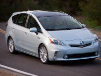 2011 Toyota Prius v, 33 of 73