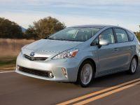 2011 Toyota Prius v, 34 of 73
