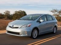 2011 Toyota Prius v, 35 of 73