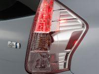 2011 Toyota Prius v, 26 of 73