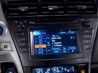 2011 Toyota Prius v, 50 of 73