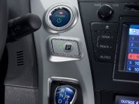 2011 Toyota Prius v, 51 of 73