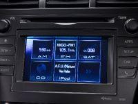 2011 Toyota Prius v, 52 of 73