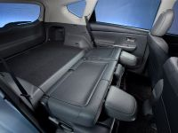 2011 Toyota Prius v, 70 of 73