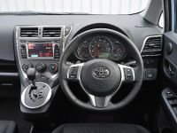 2011 Toyota Verso-S, 26 of 28