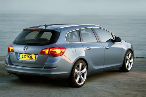 2011 Vauxhall Astra Sports Tourer - полная информация