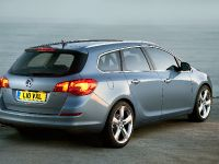 2011 Vauxhall Astra Sports Tourer, 1 of 11