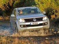 2011 Volkswagen Amarok, 2 of 2