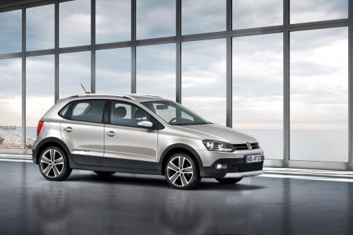 Пристальный взгляд на Volkswagen CrossPolo 2011