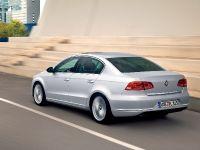 2011 Volkswagen Passat, 7 of 41